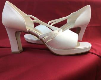 Platform heel