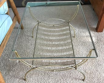 Vintage Mid Century Modern Magazine Table