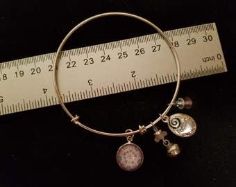 Kaleidoscope image charm bangle bracelet - design #2
