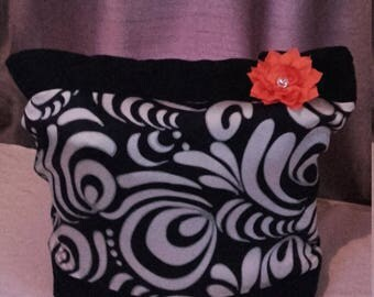 Tote Bag Large black and Cream, flower, magnetic clasp, fully lined