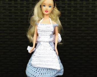 Dress Alice in Wonderland for Barbie