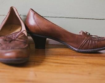 Vintage Leather Kitten Heel Size 8.5