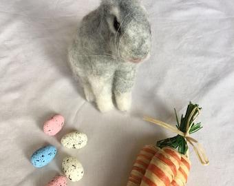 Needle felted Grey/white Rabbit