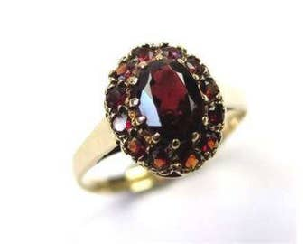 Stunning Vintage 9ct Gold Garnet Cluster Dress Ring, Size L