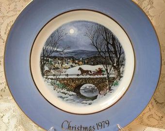 Enoch Wedgwood Avon Christmas Plate 1979 - Dashing Through The Snow - Still in box