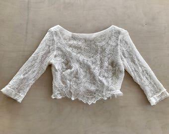 Vintage lace crop top. Vontage crop top. Lace crop top. Boho chic. Vintage style. Boho chic crop top.