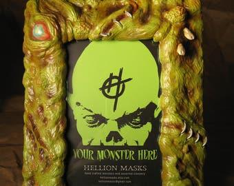 Monster Art Picture Frame - Green Zombie Skin