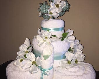 Mint Elegance Towel Cake