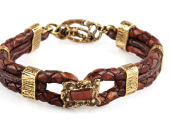 Women's leather bracelet with bronze. H&M, Here and now