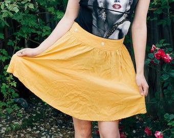 Yellow daisy skirt