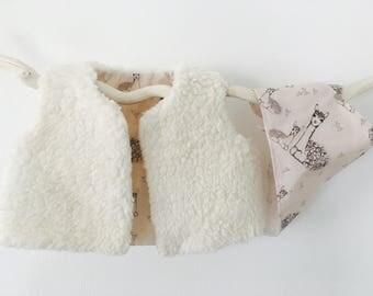 Berger baby - lama motif vest