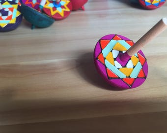 Colourful Spinning Top (Pink)