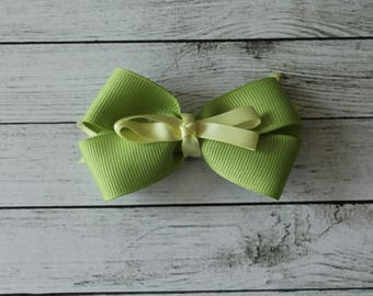 Green Medium Bow