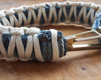 Jack, the bracelet of an old pair of jeans