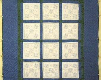 Blue White Embroidered Flowers Amish Quilt 96x115