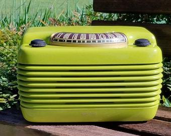 Beautiful 1946 Philco Hippo 46-420 Radio with Bluetooh
