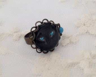 Turquoise eyes cat cameo ring.
