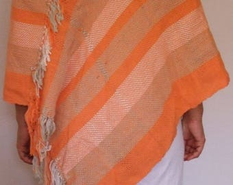 Cotton poncho combined with linen 100% handcrafted loom made