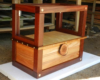 Shelf chest, inventory for circus wagon