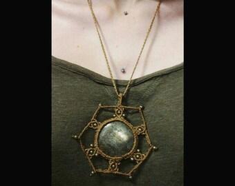 macrame necklace healing gemstones