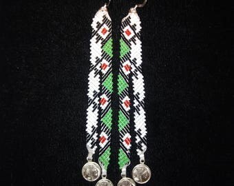 White and green diagonal weave beaded earrings.