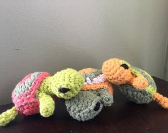 3 Turtles; plush Playset, crocheted turtles, stuff animal set