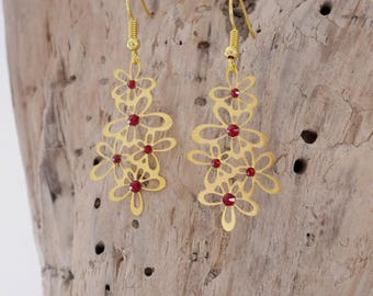 Earrings red and gold with filigree flowers and Swarovski (BO122ORrouge)