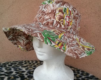 Vintage 1960s Sun Hat Hawaiian Novelty Print Floppy Brim