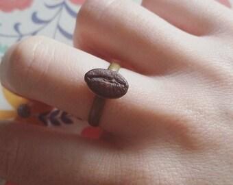 Ice resin coffee ring