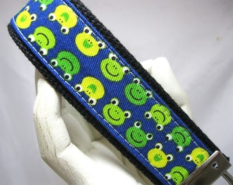 Wristlet Key Chain Key Fob Blue Green Frogs