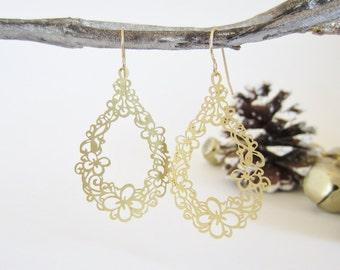 Laser cut earrings, gold filigree earrings, teardrop earrings, butterfly jewelry, flower earrings, delicate earring, lightweight earrings,