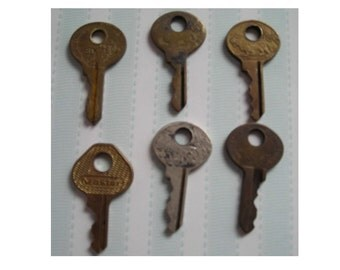 Assortment of Extra Small Vintage Brass Keys