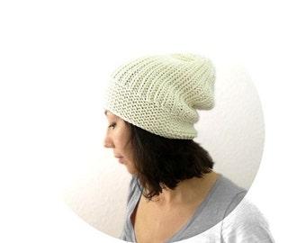 15% OFF SALE: Merino Boyfriend Slouch Hat in Ivory. Men / Women. Fall / Christmas / Winter / Snow / Ski / Mountain Cabin / Hipster.