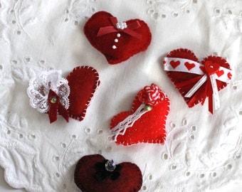 Ready-Made set of 5 Puffy Romantic Reds Felt Love Token Valentines - OOAK, Novelty, Folk Art