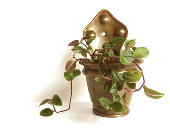 """Vintage Brass Copper Hanging Wall Planter - Old Plant Wall Pocket 6.5"""" tall - Boho Home Decor Indoor Gardening Plant Care"""