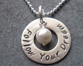 Personalized sterling silver washer necklace with pearl - Personalized Necklace - Hand Stamped Necklace - Mantra - Circle Necklace -Sterling
