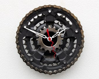 Bike Gear Clock, bicycle parts gift, bike parts clock, cyclist gift, boyfriend gift,  unique repurposed bike clock, Recycled Bike Gear Clock