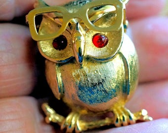 Sarah Coventry Owl Brooch or Pin, Vintage Coventry Bird Brooch, Vintage Jewelry