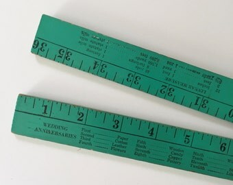 Folding Yardstick with Guides
