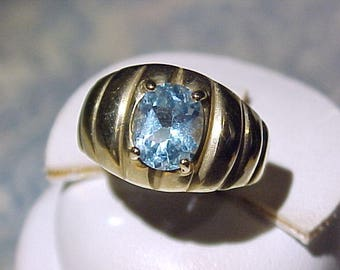 10k Gold and Blue Topaz