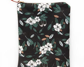 Magnolia Print Fabric Zipper Field Pouch
