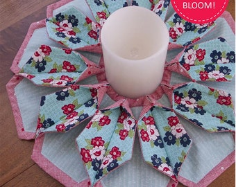 Kristine Poor Fold'n Stitch Blooms Fabric Pattern Quilting Sewing