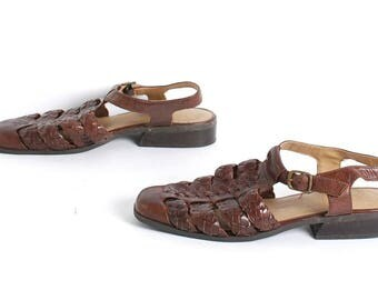 size 10 BUCKLE brown leather 80s 90s FISHERMAN woven STRAPPY sandals