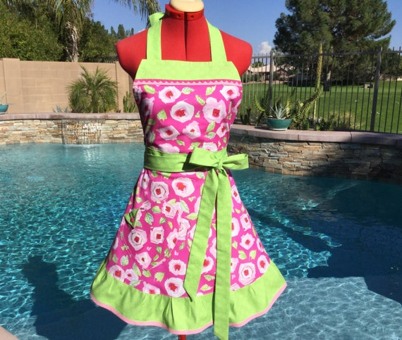 Roses Sassy Apron with Ruffle, Womens Misses and Plus Sizes,  Kitchen Apron,  Dena Designs Tiddlywinks Pink Rosebuds print
