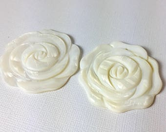 Mother of Pearl White Rose Pendant Duo