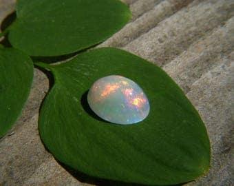 Ethiopian Opal Oval Cabachon - 7x9mm