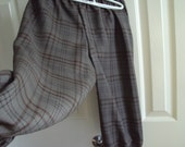 Dark olive green and brown plaid knickers, childrens sizes, Newsies, pirates, colonial, golf costumes