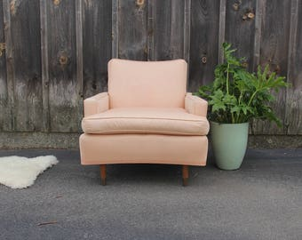 Midcentury Modern Pale Pink Lounge Side Chair