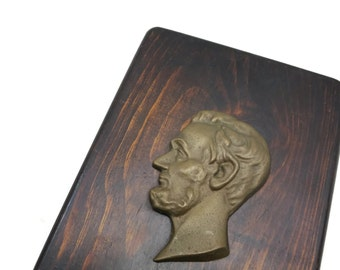 Vintage Abraham Lincoln Plaque - Metal and Wood