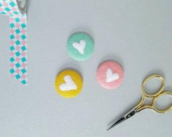 Pastel coloured  felt heart badges - set of three pinback badges - valentines gift for her